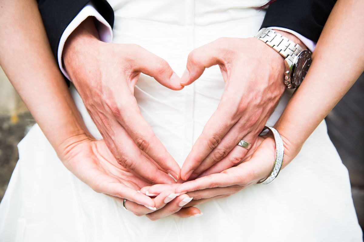 Newton Mearns Wedding Photographer. Glasgow wedding photographer. Heart made with hands.