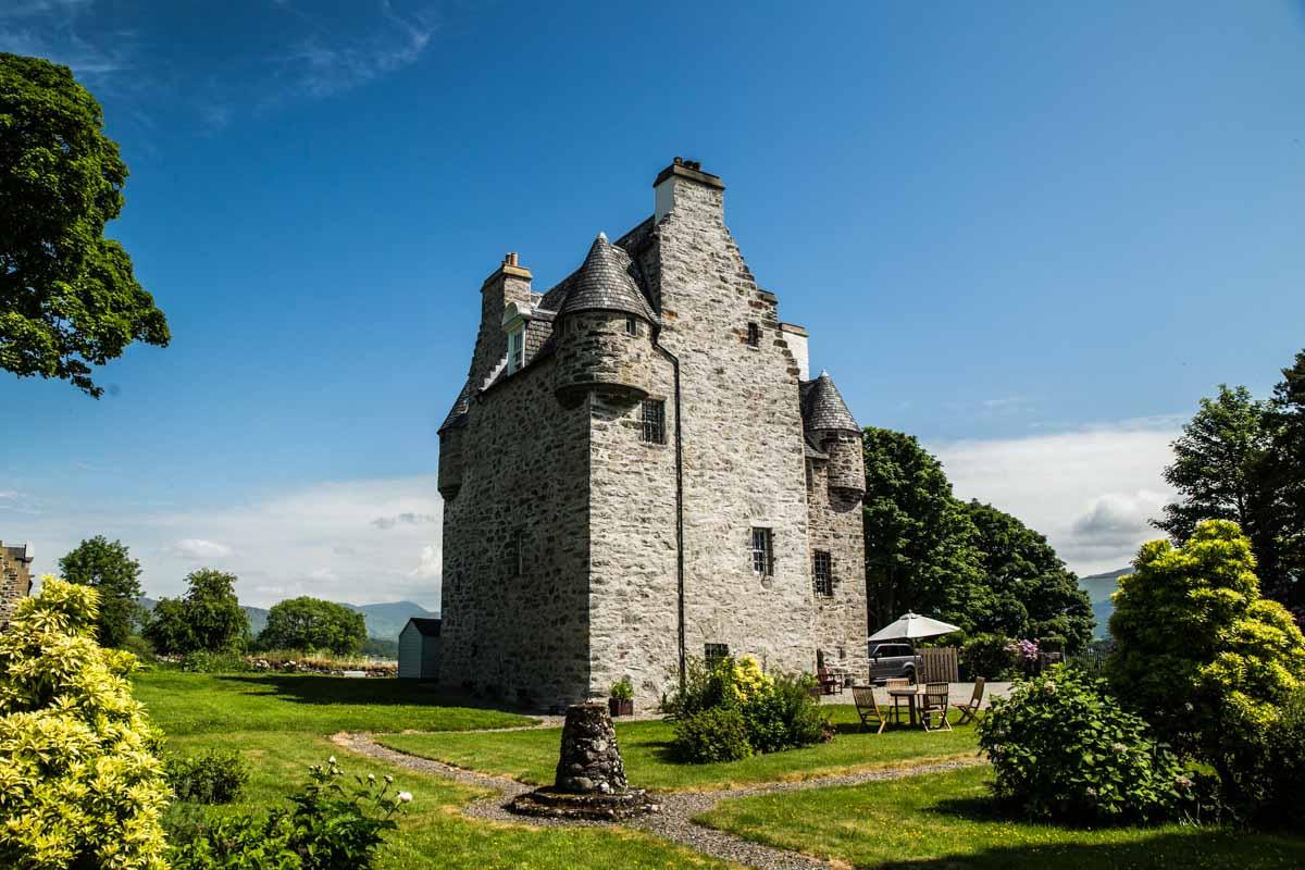 Wedding photographer Oban, Barcaldine Castle west coast of Scotland