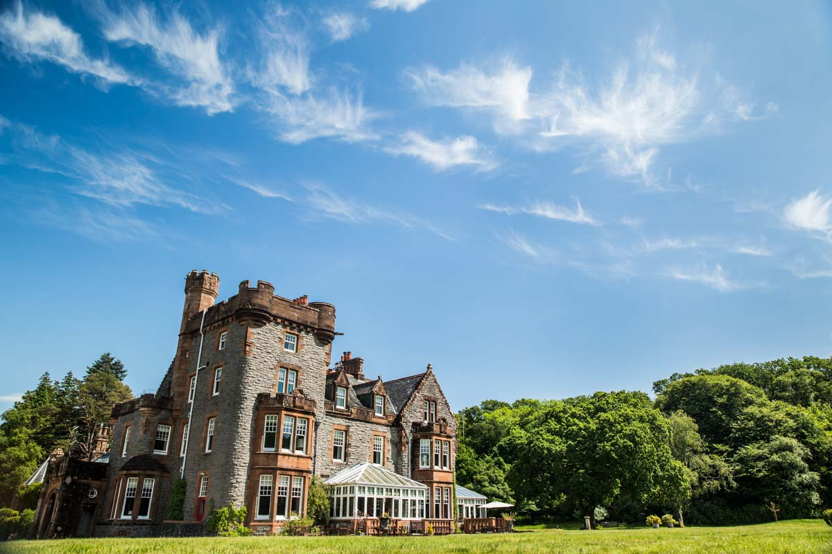 Isle of Eriska luxury destination wedding venue. Scottish wedding photographer. Isle of Eriska wedding photographer