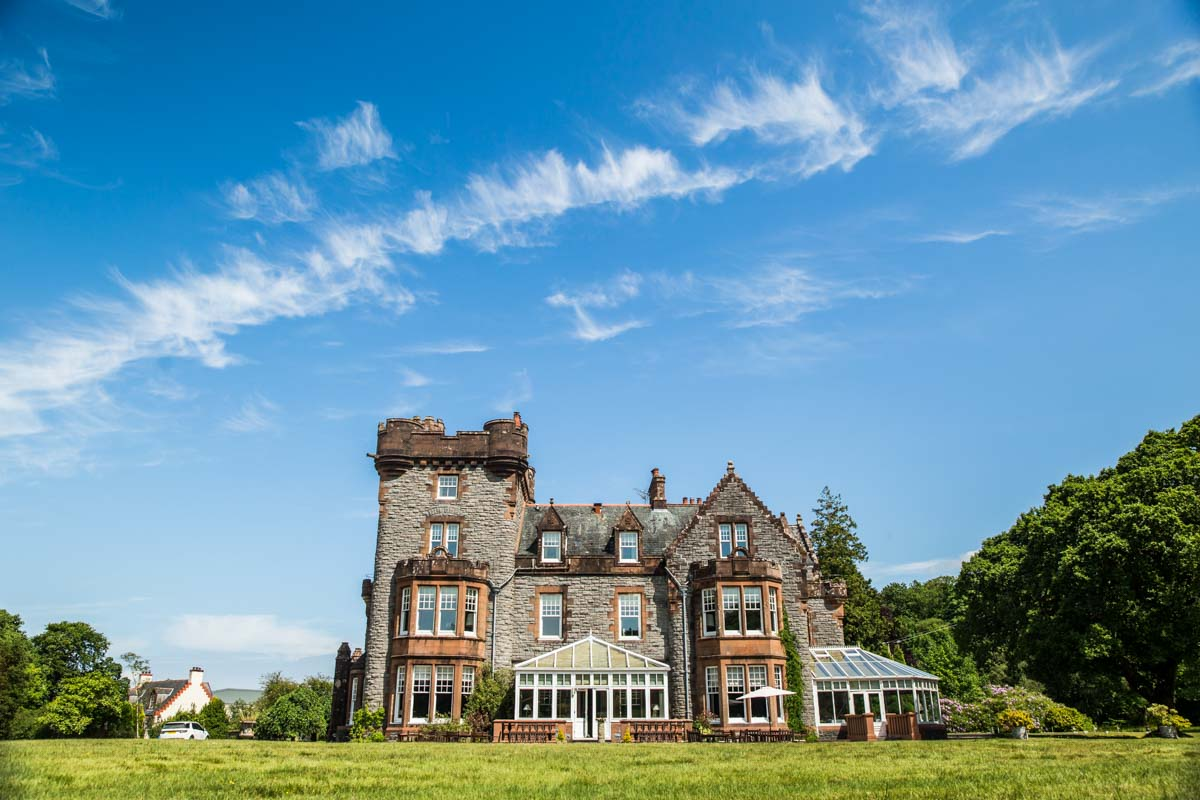 Isle of Eriska luxury destination wedding venue. Oban wedding photographer