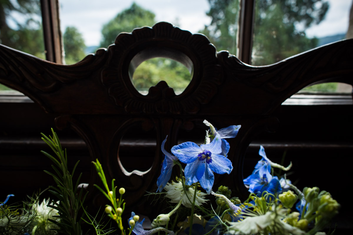 Dunoon wedding flowers at Old Kilmun House. The Woodland Florist Kirn. Blue wedding flowers