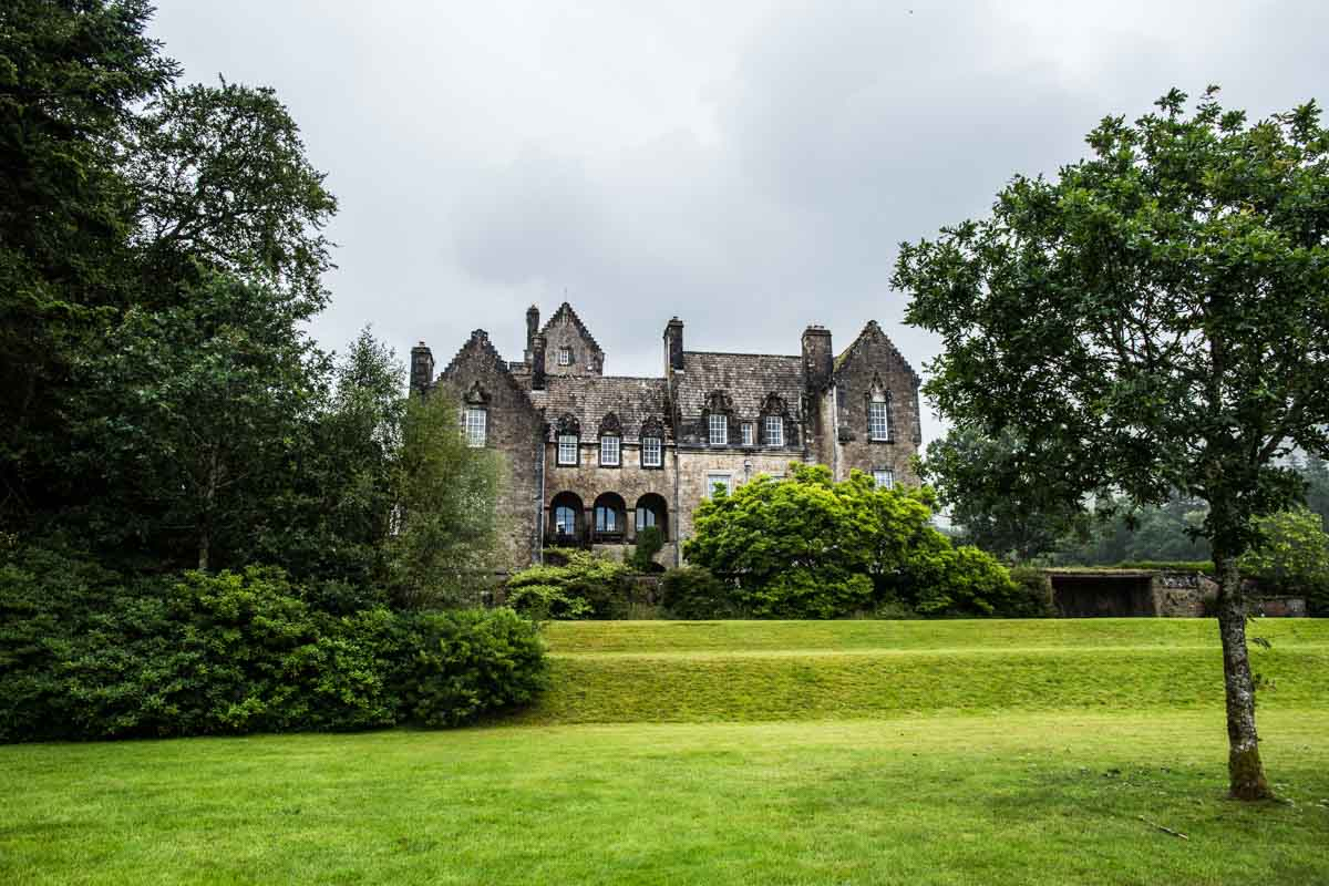 Ardkinglas wedding photographer. Ardkinglas House view from the gardens. Glasgow wedding photographer