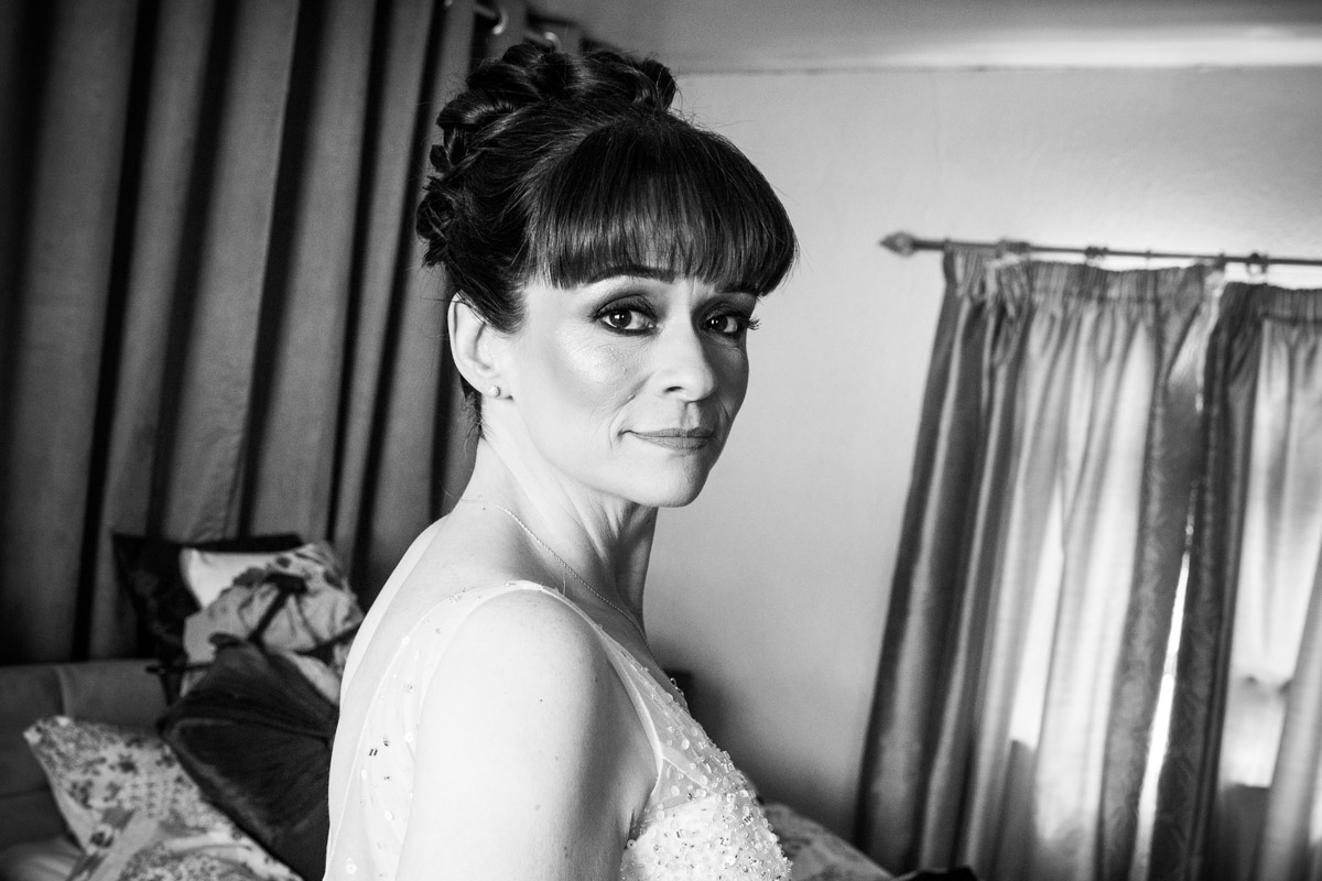Wedding makeup. Scotland wedding photographer.