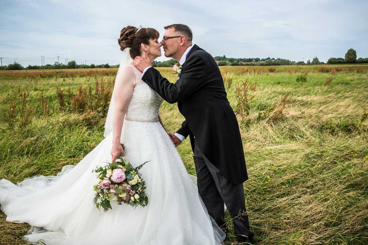 Cornhill Castle wedding photographer. Wedding Photographer Glasgow