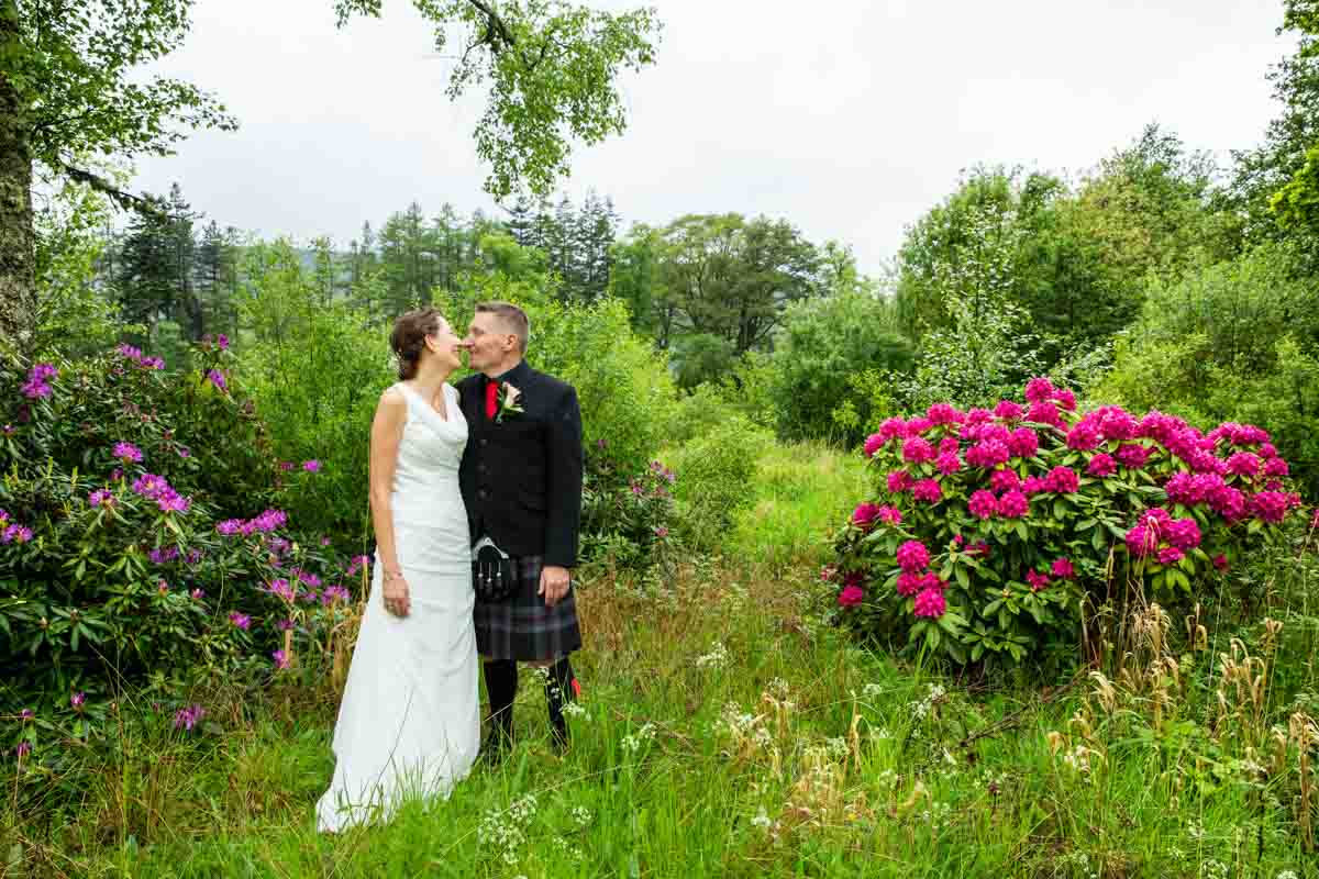 Culcreuch Castle wedding photographer. Bride and groom flower portraits